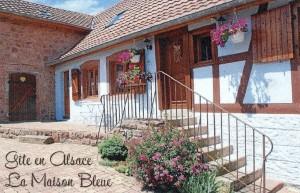 Maison Bleue Manue Riche à St Nabor