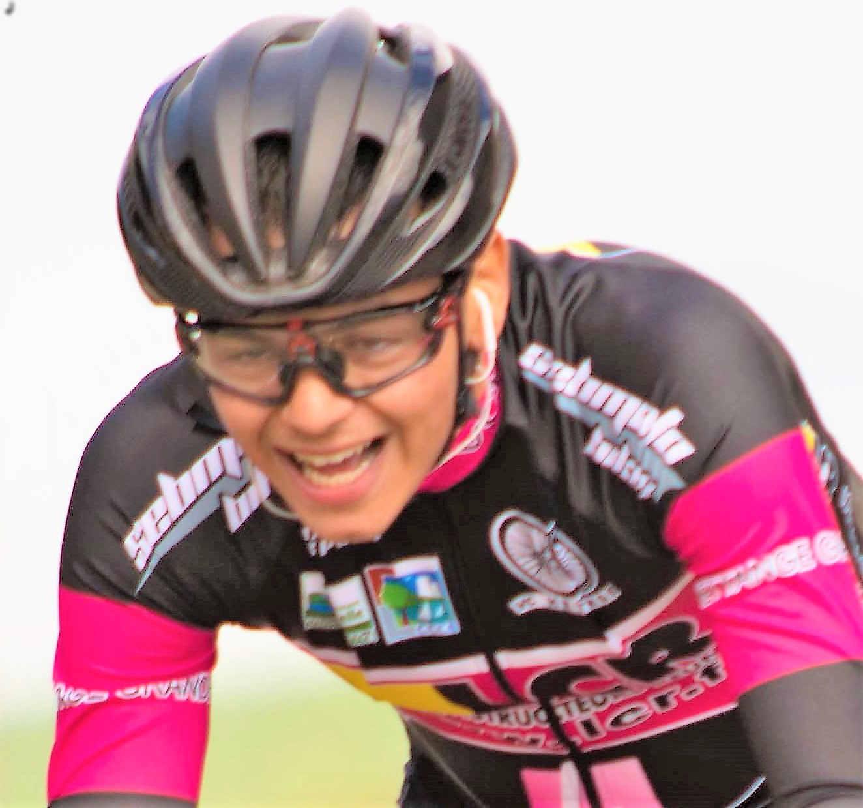 Aux Championnats de France de cyclo-cross chez les Espoirs à Flamanville en direct Lorenzo Marasco (VC Hettange Grande) à Flamanville (Manche).